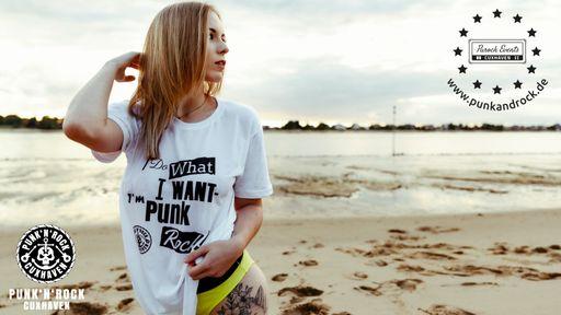 Punk & Rock Cuxhaven - T-Shirt | 5 % Rabatt auf T-Shirts ab 14 EUR/Stück